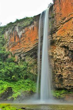 Chuvisqueiro waterfall // RS, Brazil