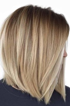 You may find here more obsessing shades of blonde balayage hair colors for best ever hair looks right now. Here we have collected amazing trends of balayage highlights. No matter which hair length you have, it is one of the most suitable hair colors. Medium Hair Styles, Short Hair Styles, Blonder Bob, Balayage Hair Blonde, Balayage Highlights, Color Highlights, Haircut For Thick Hair, Straight Bob Haircut, Short Haircut
