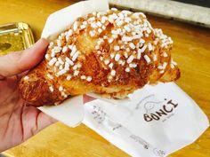 Café da Manhã... #receitaitaliana #italia #italy #roma #rome #comida #cibo #food #cafedamanha #breakfast #colazione #cornetto  #bonci #panificiobonci