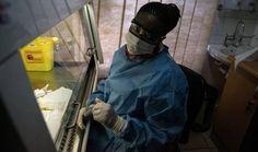 Día mundial contra el Sida. Sudáfrica inicia uno de los mayores ensayos clínicos de vacuna contra el sida. Más de 5.400 hombres y mujeres jóvenes participarán en la investigación durante cuatro años