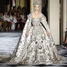 Coronation gown for Viviane - Zuhair Murad Prestížne Módne Značky d77f7035f55