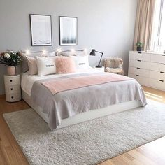 Grey Bedroom Decor, Room Design Bedroom, Bedroom Decor For Teen Girls, Stylish Bedroom, Room Ideas Bedroom, Small Room Bedroom, Girl Bedrooms, Small Bedrooms, Light Pink Bedrooms
