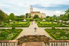 Die Gartenanlagen der #Schallaburg. #Schloss #Mostviertel in Austria 1 hour drive from Vienna http://www.schallaburg.at/en