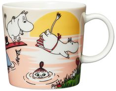 Evening swim Moomin mug 2019 from Arabia by Tove Jansson, Tove Slotte Moomin Shop, Moomin Mugs, Troll, Les Moomins, Pirate Cat, Moomin Valley, Tove Jansson, Diving Board, Evening Sun