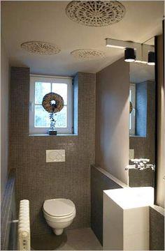 toilet inrichting Modern Toilet, New Toilet, Bathroom Toilets, Plumbing, Future House, Home And Garden, Villa, Mirror, Furniture