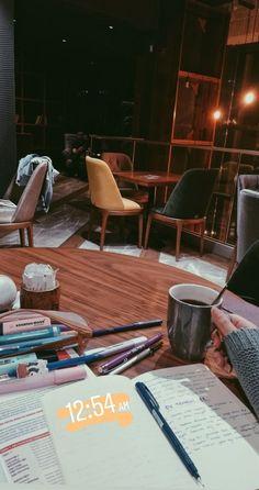Vie Motivation, Study Motivation Quotes, Creative Instagram Stories, Instagram Story Ideas, Studyblr, Study Organization, Study Pictures, School Study Tips, Study Hard