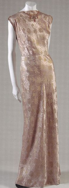 Evening Dress, Mainbocher, c. 1938.  The Museum at FIT.