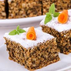 Fast, juicy low carb nut cake - recipe without sugar- Schneller, saftiger Low Carb Nusskuchen – Rezept ohne Zucker Fast, juicy low carb nut cake - Paleo Dessert, Healthy Dessert Recipes, Cake Recipes, Vegetarian Recipes, Cake Recipe Without Sugar, Law Carb, Pumpkin Spice Cake, Food Cakes, Low Carb Desserts