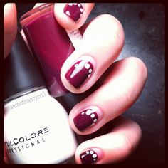 Simple nail design.