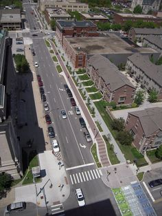 "Context Sensitive Solution: Indy Cultural Trail Case Study | ""Aerial view of ICT demonstrating Complete Streets design approach: pedestrian path, two-way bicycle facility, crosswalks, specialized signals, and traffic calming at intersections."" -USDOT FHA 