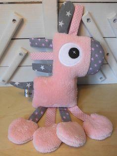 Doudou cheval rose clair gris - réservé