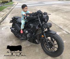 Look at this splendid brat motorcycle cars - what an artistic concept Brat Bike, Scrambler Motorcycle, Moto Bike, Cruiser Motorcycle, Cafe Racer Style, Cafe Racer Girl, Cafe Racer Build, Triumph Cafe Racer, Cafe Racer Bikes