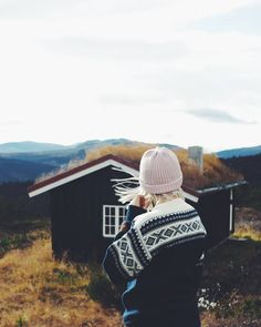 Driving back to the city thinking still of the silent mountains . . . . . #goodlife #norwegiansweater #norway #oppland #daleofnorway #hiking #scandinavia
