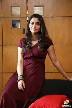 Photograph of Nikhila Vimal LATEST FASHION TRENDS : PHOTO / CONTENTS  FROM  IN.PINTEREST.COM #FASHION #EDUCRATSWEB