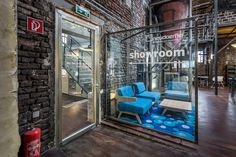 Neudoerfler Showroom, Salzburg Stylish Office, Salzburg, Offices, Showroom, Journey, Inspiration, Beautiful, Biblical Inspiration, Office Spaces