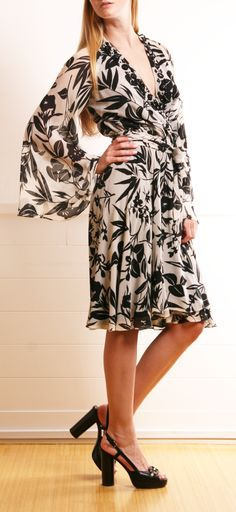 Black and White Printed Wrap Dress - love the dress, hate the shoes with it..