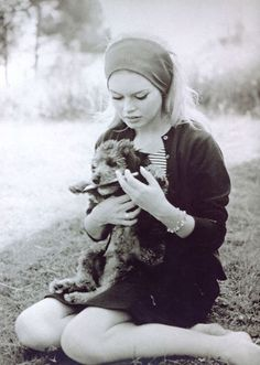 Brigitte Bardot with puppy   iconic   style and fashion icon   www.republicofyou.com.au