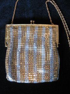 Vintage Handbag Collectors - I Antique Online