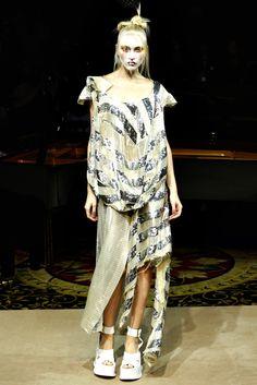 Vivienne Westwood - Spring 2012 Ready-to-Wear - Look 38 of 54