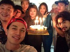 The cast of 'Roommate' celebrated Lee Dong Wook's 33rd birthday (international age: 32)!The actor tu