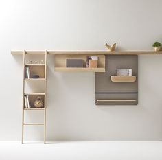 Amazing shelf which is simple. You can add a chalkboard  decoration upcycle recycle