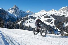 All things cycling.  credit to @singletracks Photo: Snow Bike Festival / Nick Muzik *** #sportswomen #fatbike #fatbiking #fatbiker #cycling #cycler #wintercycling #womenwantadventure #alpinebabes #staywarm #winter #wintergloves #actionheat #coldweather #cold #raynauds #reynauds #winteriscoming #coldhands #wheredoyouroam #permissiontoplay #seekthetrails #madewild #outboundgirls #adventureanywhere #wanderout #fahrenheit #fahrenhetai