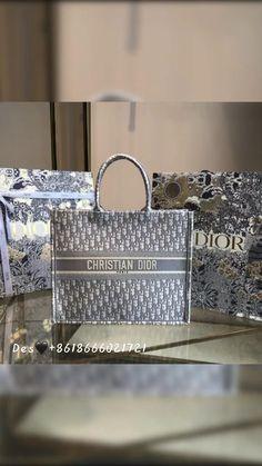 Fake Designer Bags, Designer Belts, Best Handbags, Hermes Handbags, Chanel Purse, Chanel Bags, Hermes Bags, Gucci Bags, Christian Dior Designer