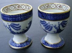 ✿ڿڰۣ(̆̃̃•Aussiegirl OLD WILLOW Single Egg Cups Blue Willow Made In England