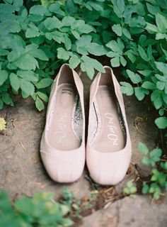 blush colored ballet flats for the Bride #shoes |  Photography: Michael Radford Photography - michaelradfordphotography.com