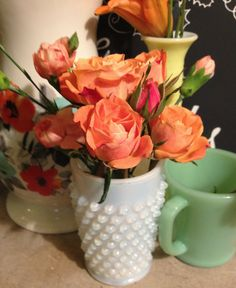 Thanksgiving Fresh Flower Arrangements for the Vintage Enthusiast
