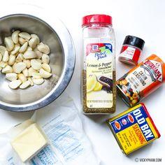 Cajun Seafood Boil, Seafood Boil Party, Seafood Boil Recipes, Cajun Seafood Sauce Recipe, Crab Recipes, Cajun Shrimp, Chicken Recipes, Lemon Pepper Sauce, Garlic Butter Sauce