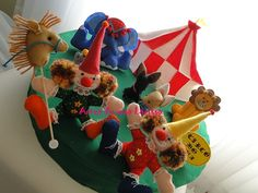 Circo by Artes de uma Larissa, via Flickr