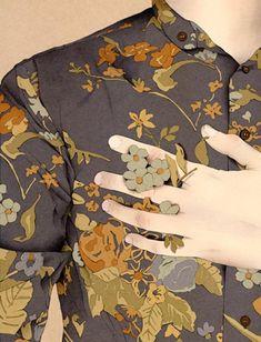 Nader Sharaf İllüstrasyonları ile Giysilere ve Aksesuarlara Farklı Yorumlar Katıyor Sanatlı Bi Blog 8