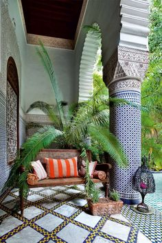 The loggia at Riad Enija provides a sheltered place from which to sit and enjoy the play of light and shade, the scent of owers and foliage, the gentle trickle of the fountain and the chatter of a multitude of birds. Interior Garden, Interior Exterior, Decor Interior Design, Interior Decorating, Decorating Kitchen, Morrocan Interior, Morrocan Decor, Moroccan Bedroom, Moroccan Lanterns