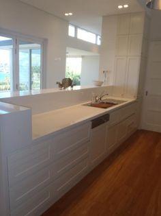 Polyurethane Kitchen With Recessed Doors Custom Kitchens, Commercial Kitchen, Joinery, Corner Bathtub, Double Vanity, Kitchen Design, Doors, Bathroom, Modern