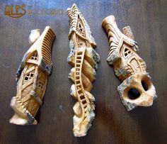 Ales the woodcarver: cottonwood bark