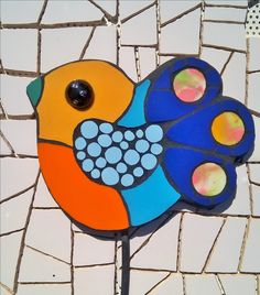 Stained Glass Paint, Fused Glass Art, Mosaic Birds, Mosaic Art, Deco, Painting Lessons, Mosaic Patterns, Garden Accessories, Art Forms