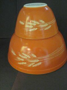 Vintage Pyrex #MixingBowls - 2 Autumn Harvest Wheat Design - #403 & 401