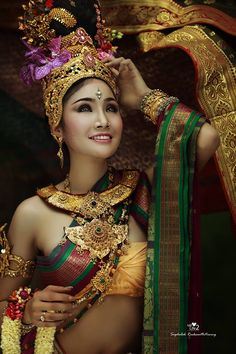 <3   Thai Folk/Country Boran accessories and Synthetic Silks