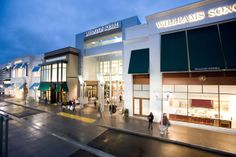 Upscale shopping at Washington Square Mall in Tigard, Oregon. Tigard Oregon, Washington Square, Oregon Travel, Pacific Northwest, North West, Portland, Mall, Commercial, Events