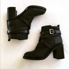 "Tory Burch Hastings Cross Strap Bootie Gorgeous everyday bootie, chic and casual. Size 6M from Tory Burch. Runs true to size. EUC. Very minor scuff marks, the bottom is excellent! Leather Upper, rubber sole. 3"" chunky heel Tory Burch Shoes Ankle Boots & Booties"