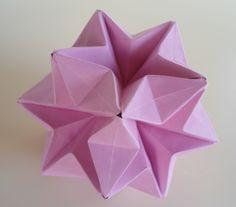 Kusudama Flor De Asagao (Com Diagrama) Criação: Tomoko Fuse Livro: Unite Origami Fantasy - ADOBRACIA: Kusudamas
