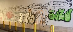 Dillo a #NapoliTime  Vomero: imbrattatoimbrattato muro di cinta della Floridiana
