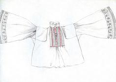Mužská košeľa, Veľký Blh, koniec 19. storočia. Košeľa je ušitá z jemného bavlneného plátna. Má rovný strih s voľnými širokými rukávmi a s nízkym stojatým golierom. Zapína sa na rad drobných sklenených gombičiek. Pozdĺž zapínania ju zdobí rad úzkych zámikov a pásik čierno-červenej výšivky. Konce rukávov sú zdobené bielou plnou i dierkovou výšivkou. Vyšívaná košeľa tvorila súčasť sviatočného odevu. Vo všedné dni muži nosili košele rovnakého strihu, ale z domáceho konopného plátna.