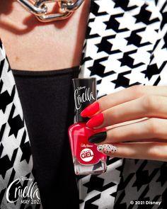 Pop Punk Fashion, New Disney Movies, New Nail Colors, Goth Nails, Cute Gel Nails, Nail Polish Collection, Sally Hansen, Nail Trends, Makeup Inspiration