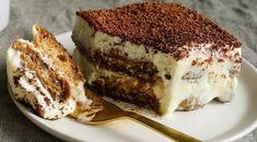 Εύκολη συνταγή για μελομακάρονα! | ediva.gr Keto Cake, Round Cake Pans, Round Cakes, Gourmet Recipes, Dessert Recipes, Gourmet Foods, Keto Recipes, Keto Desserts, Keto Snacks