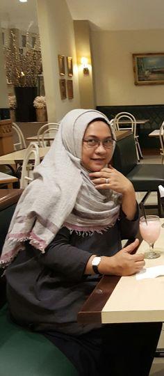 Casual hijab ..