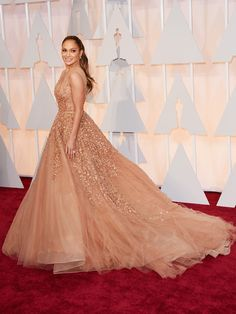 jennifer-lopez-oscars-2015-academy-awards LOVE Eli Saab ALWAYS. Maybe not this color on her...but the dress.....#sigh