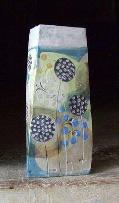 Great print Slab Pottery, Pottery Vase, Ceramic Pottery, Pottery Painting, Ceramic Painting, Ceramic Art, Cement Art, Cement Crafts, Ceramic Flower Pots