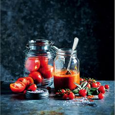 Make a big pot of thick tomato stew on a lazy weekend afternoon to cut your cooking time and costs throughout the week. Budget Meals, Quick Meals, Cooking Time, Stew, Lazy, Sauces, Budgeting, Basket, Homemade
